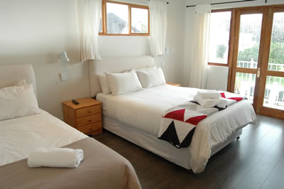 Baleens Hotel, Hermanus, Standard Room with double and single beds