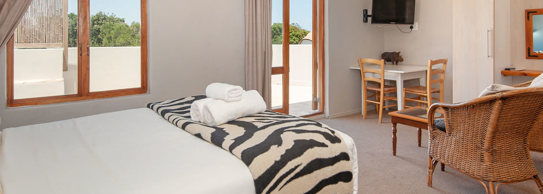 Hermanus Accommodation,, Baleens Hotel, Hermanus, baleens restaurant and bar, accommodation, accommodation hermanus,hotels hermanus, cosy and comfortable accommodation, child friendly hotels