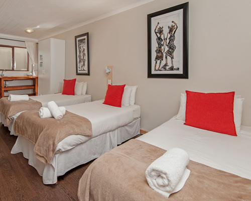 Baleens Hotel, Hermanus, Family Room with Double bed and 2 single beds, Hermanus Accommodation, Hotels Hermanus